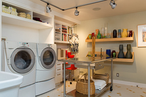 laundry-and-flower-arranging-room