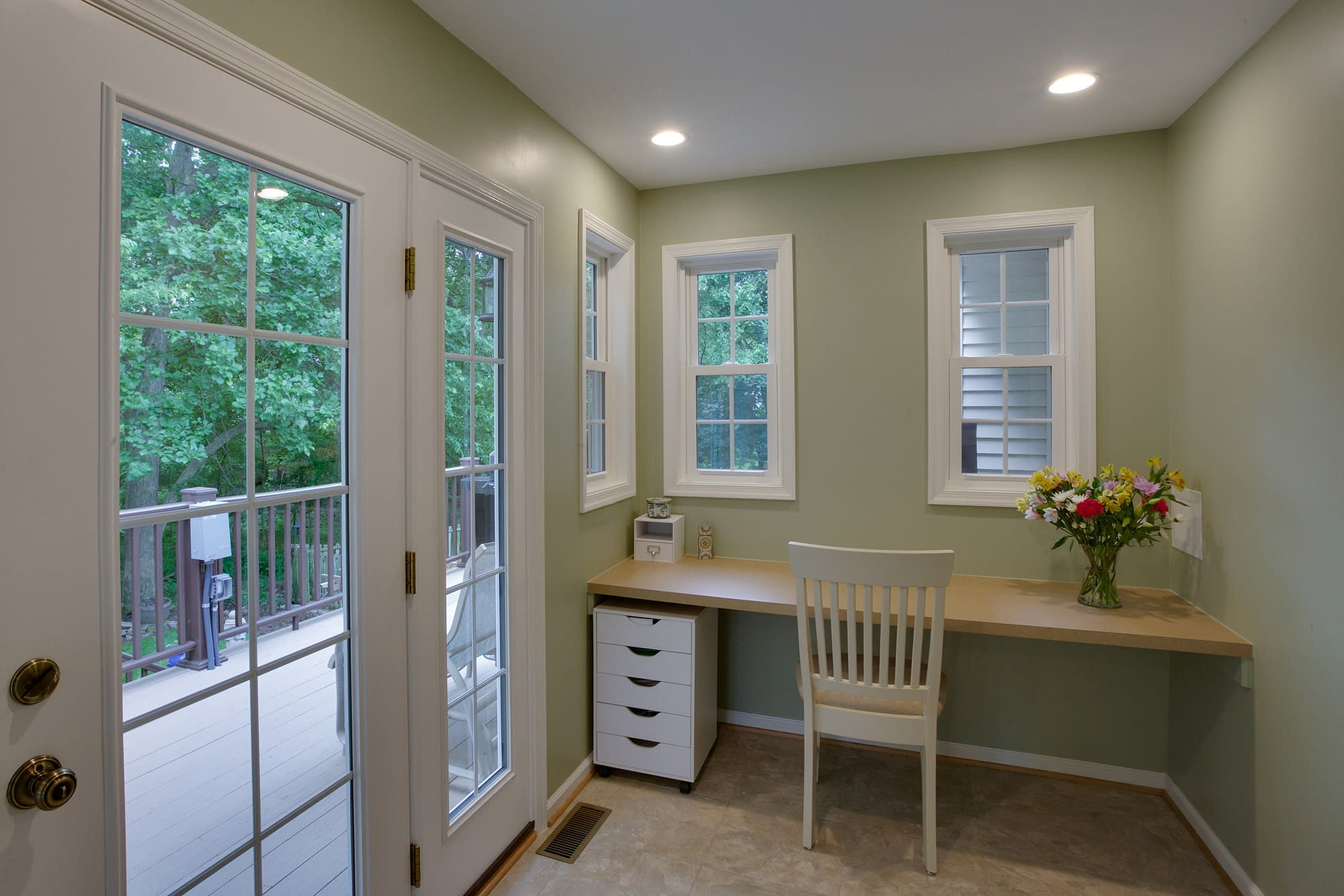Home Remodeling project, home remodel, home addition, tile flooring, large windows, green walls, large ceilings, Northern Virginia remodeling, sitting table,
