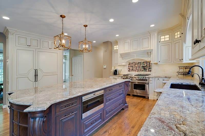 Luxurious Home Remodeling Kitchen Design in Northern Virginia