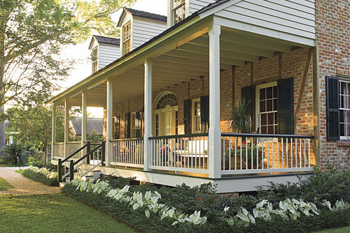 Add a classic Southern porch to your Clifton, VA home