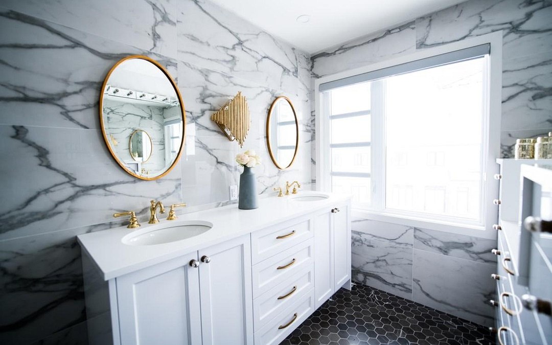 Spruce Up Your Bathroom With These 11 Expert Tips